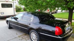 2004 Lincoln Town car $2500 OBO
